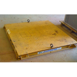 USED 5000 lb x 1 lb Floor Scale, 4' x 4'