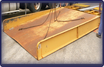 LOADMASTER FT2-PV Optional Steel Approach Ramp